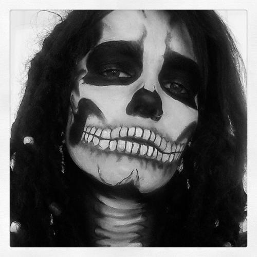 skullselfie